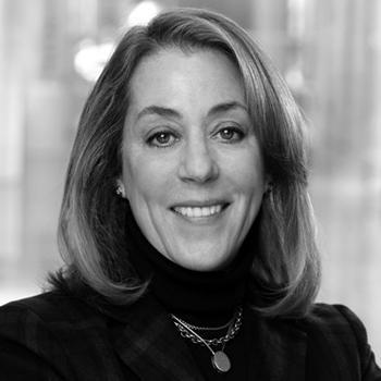 <b>Laura LaRosa</b> is Director of Client Development. - laura-larosa-bio_0